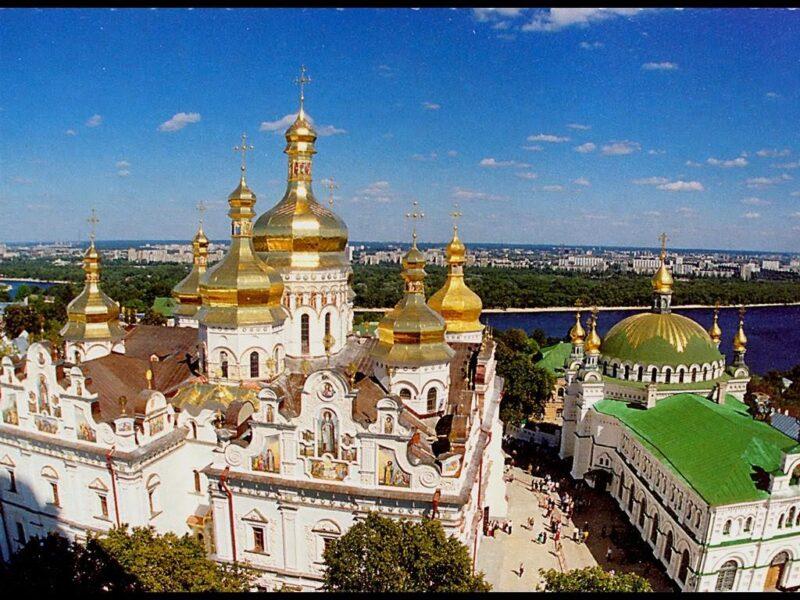поездка с клубом путешественников Котигорошко в Киев на фестиваль хризантем